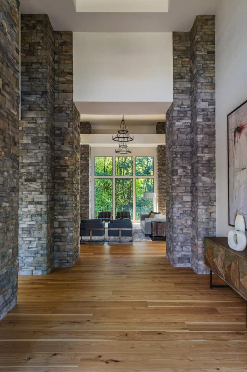 custom-home-modern-hall