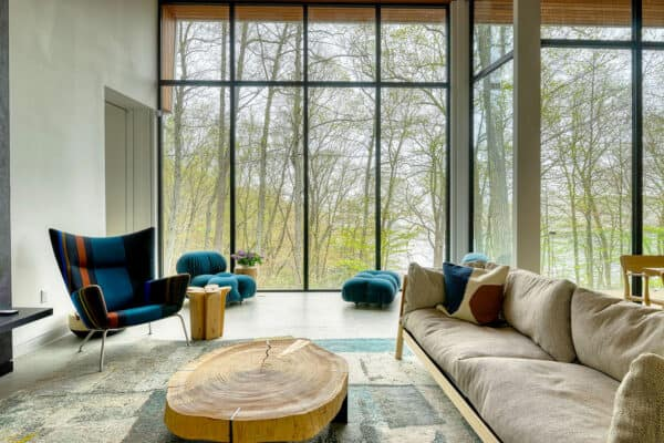 featured posts image for Minimalist lakefront hideaway in tranquil woodland setting of Putnam Valley