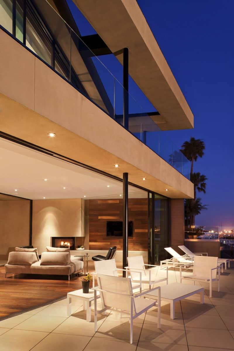 modern-house-deck