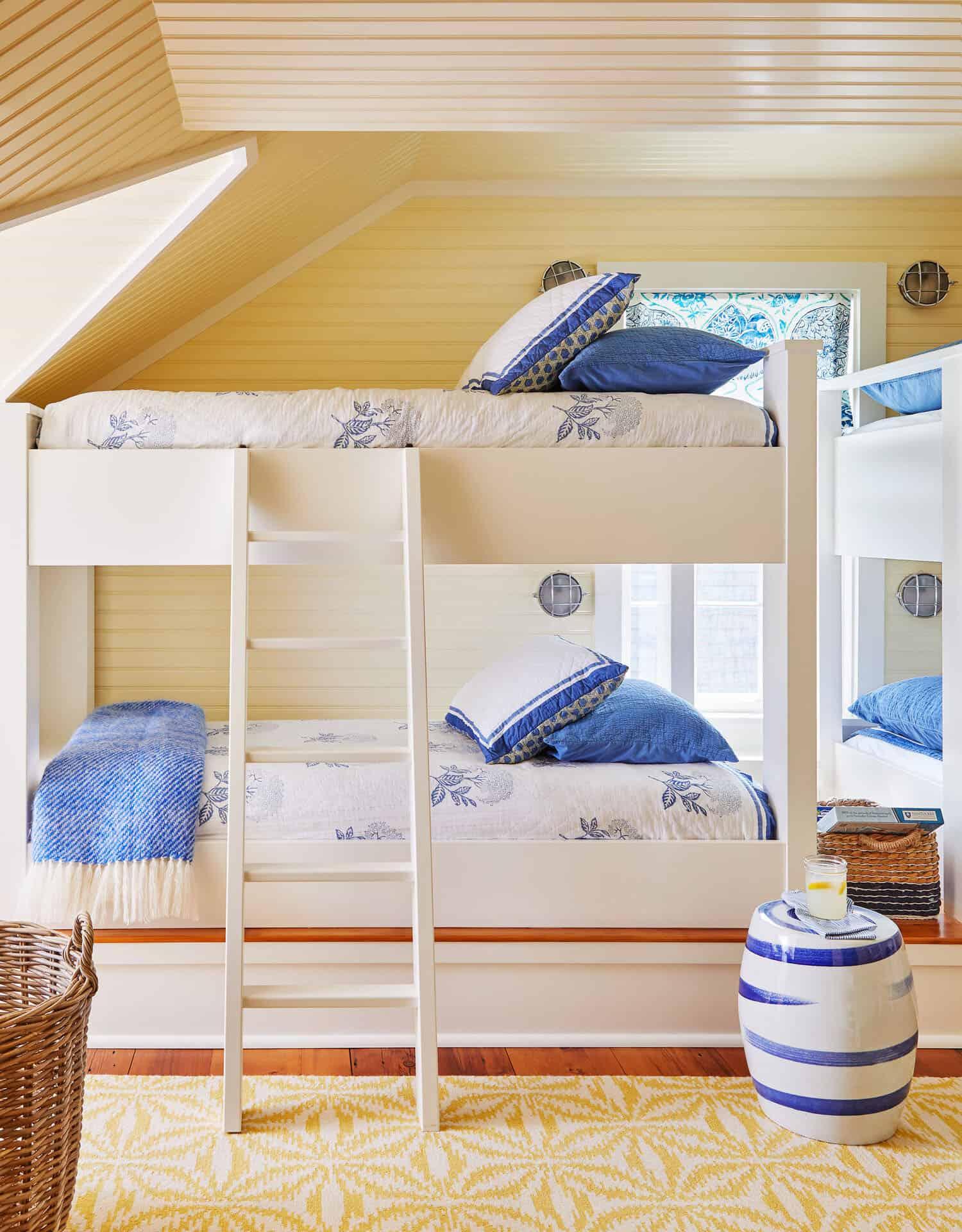 coastal-style-kids-bunk-bedoom