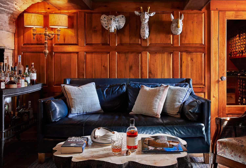 coastal-style-family-room