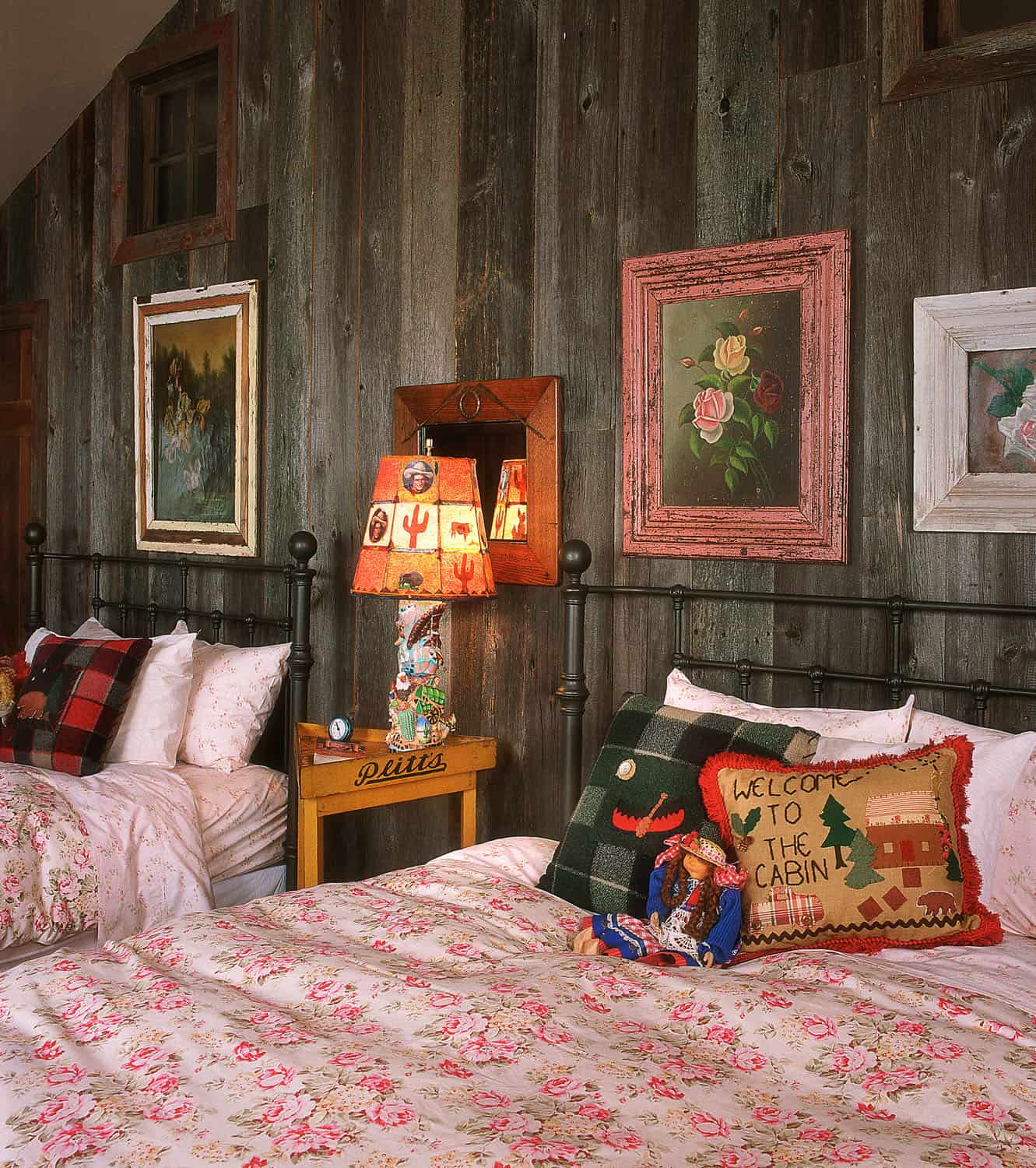 barn-house-guest-bedroom