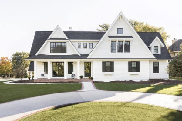 featured posts image for Tour an American cottage style home with gorgeous details in the Midwest