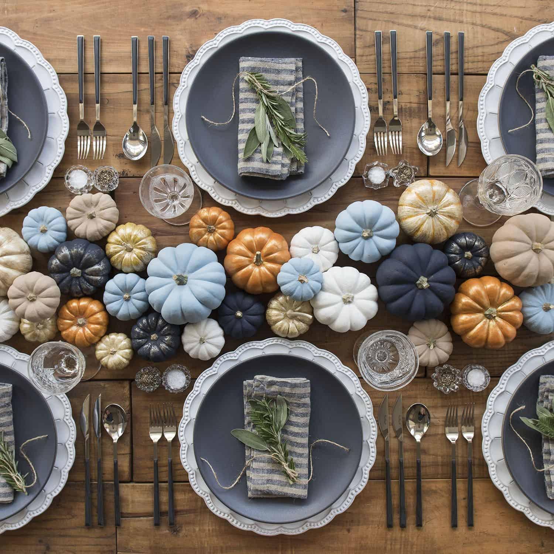 colorful-pumpkins-table-centerpiece