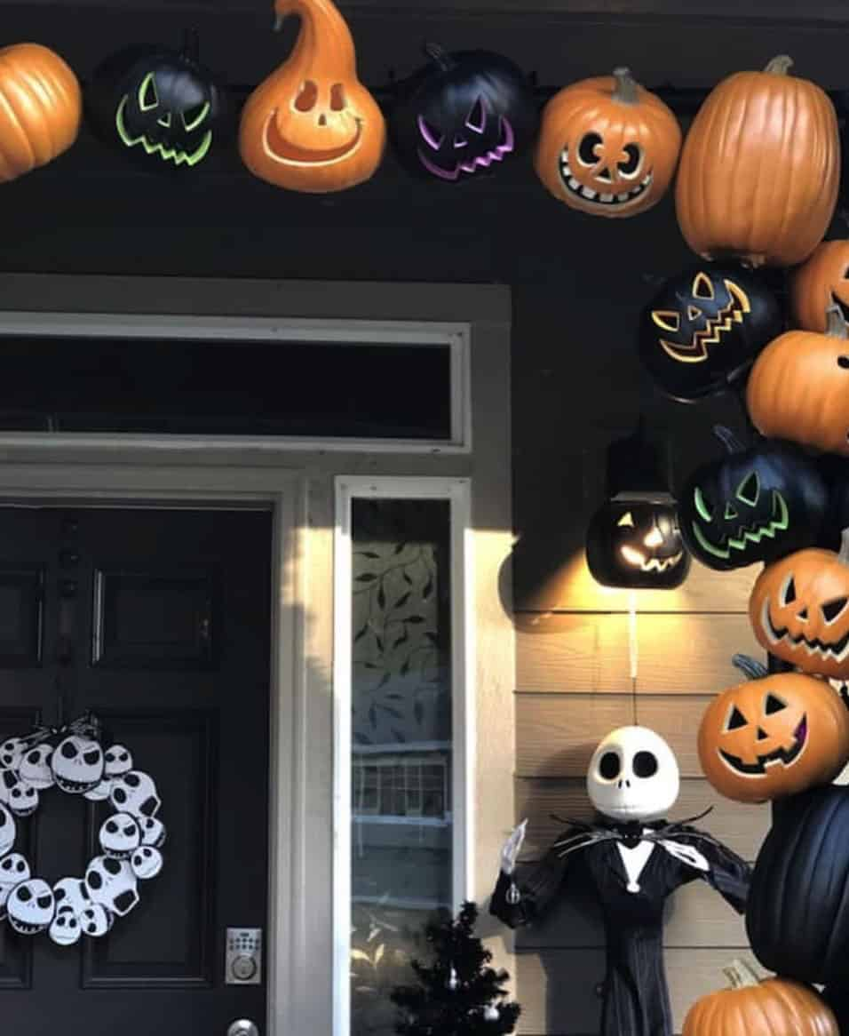 halloween-front-porch-decorating-ideas