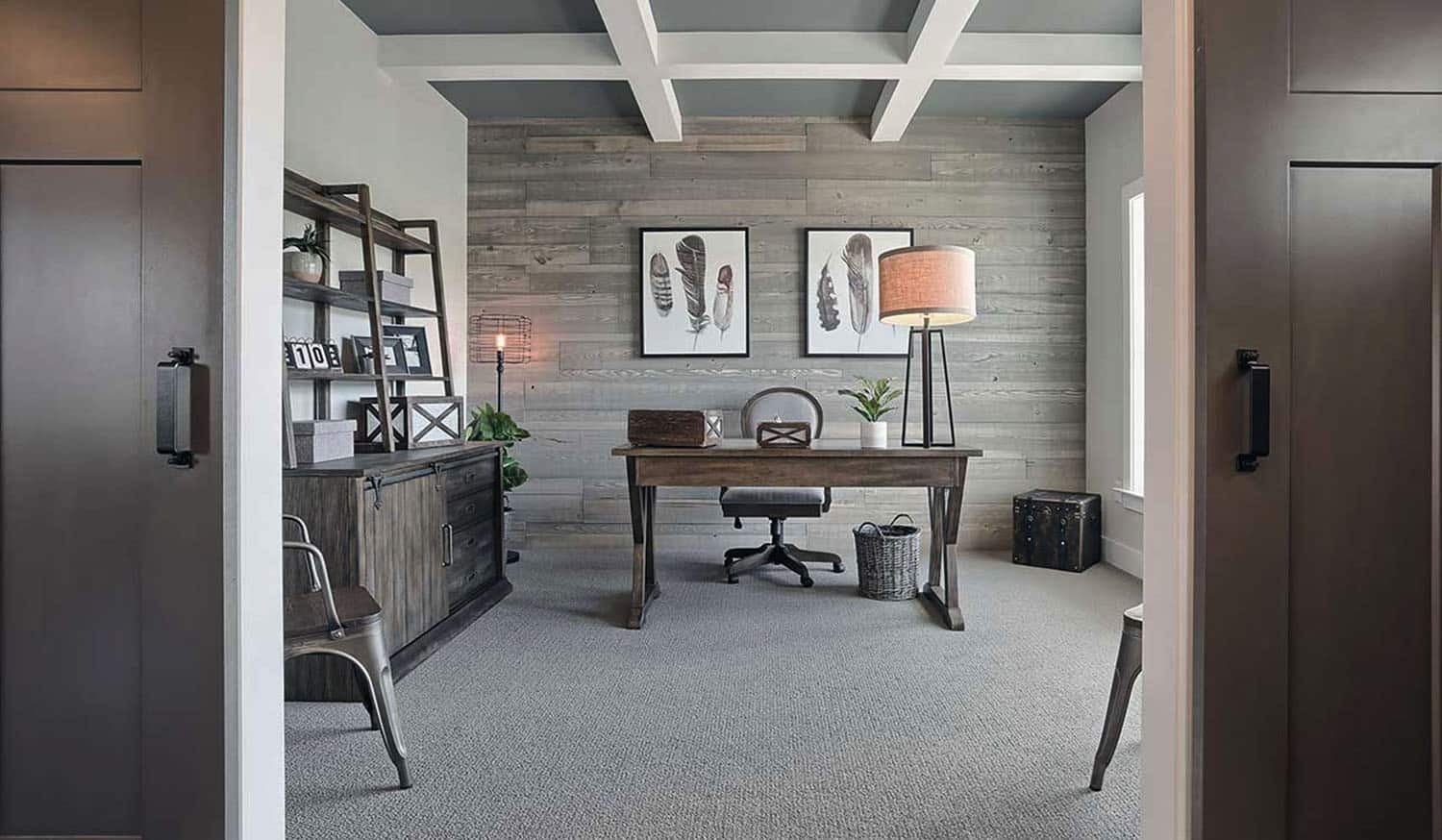 rustic-farmhouse-home-office