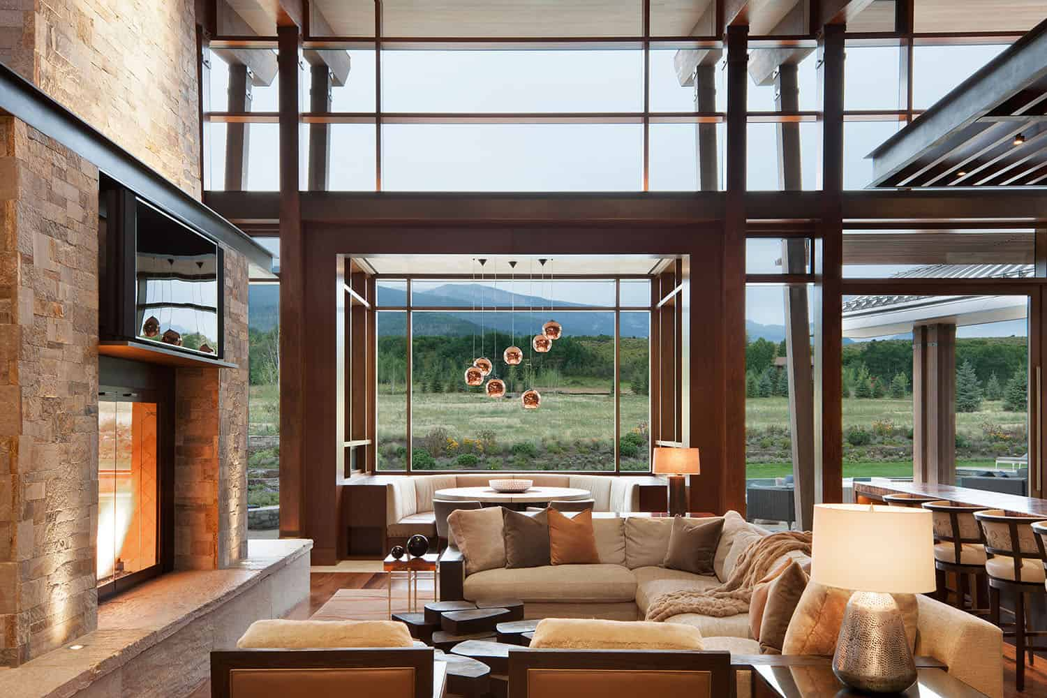 mountain-contemporary-living-room