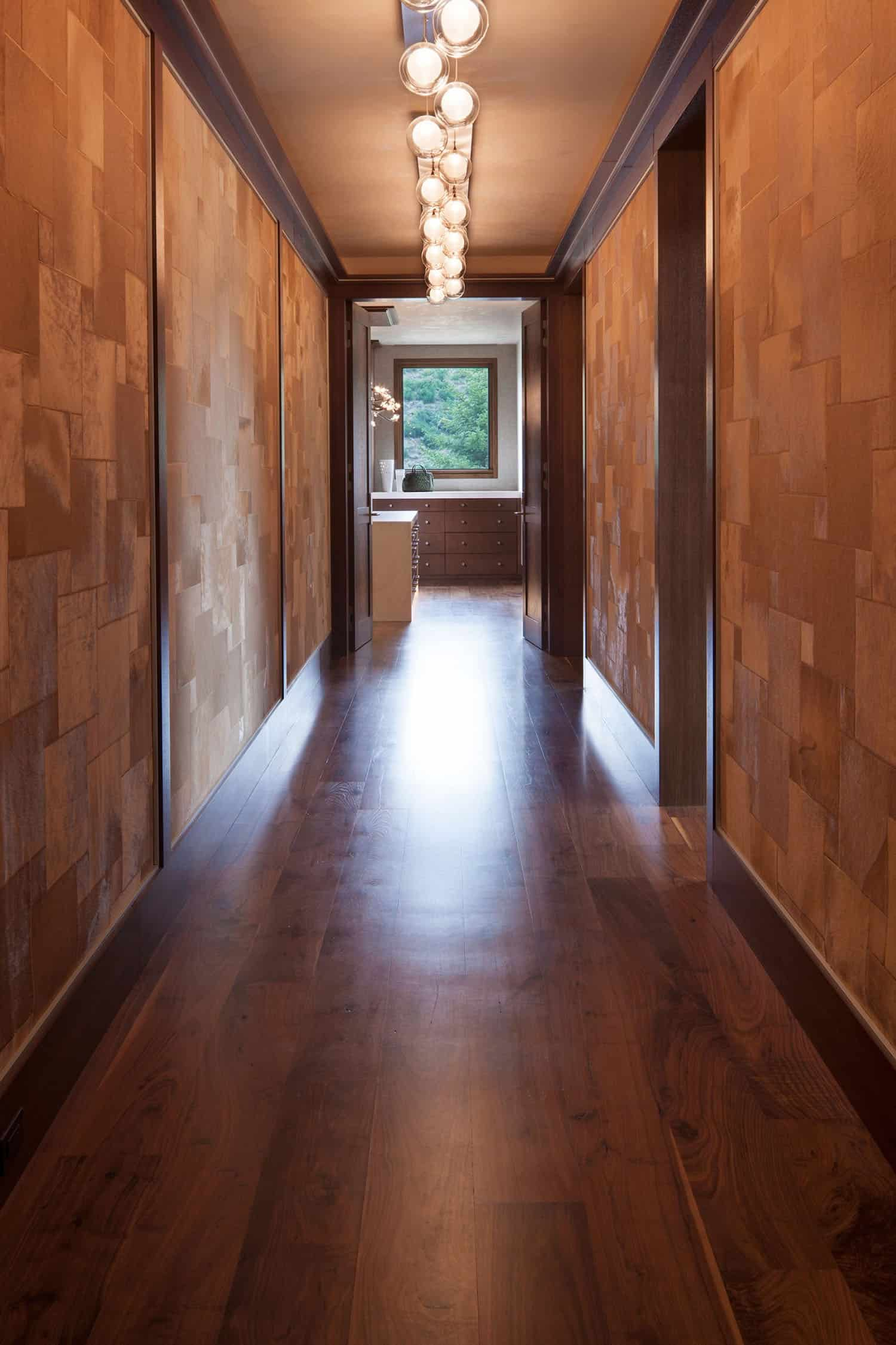 mountain-contemporary-hall