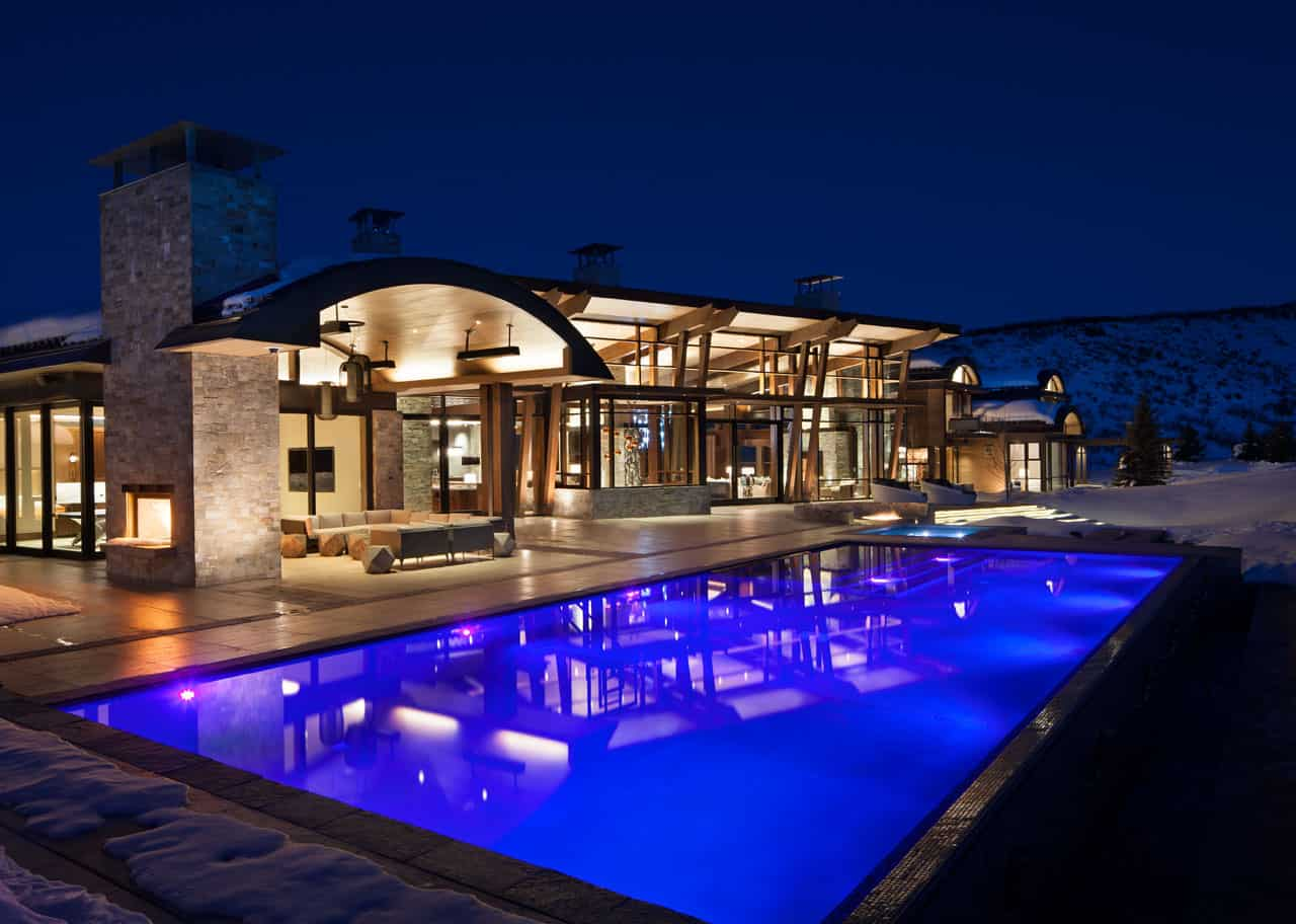 mountain-contemporary-pool