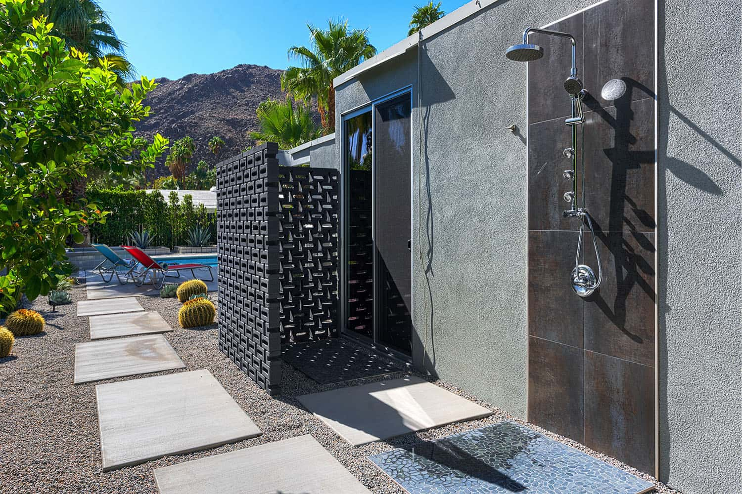outdoor-shower-midcentury-patio