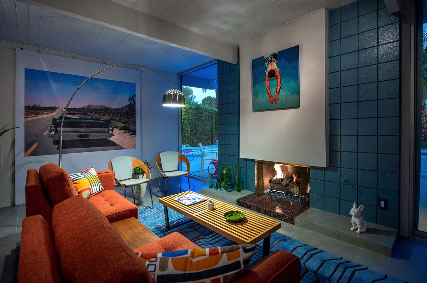 midcentury-living-room-night