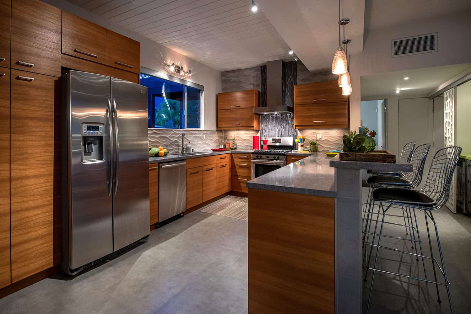midcentury-kitchen-night