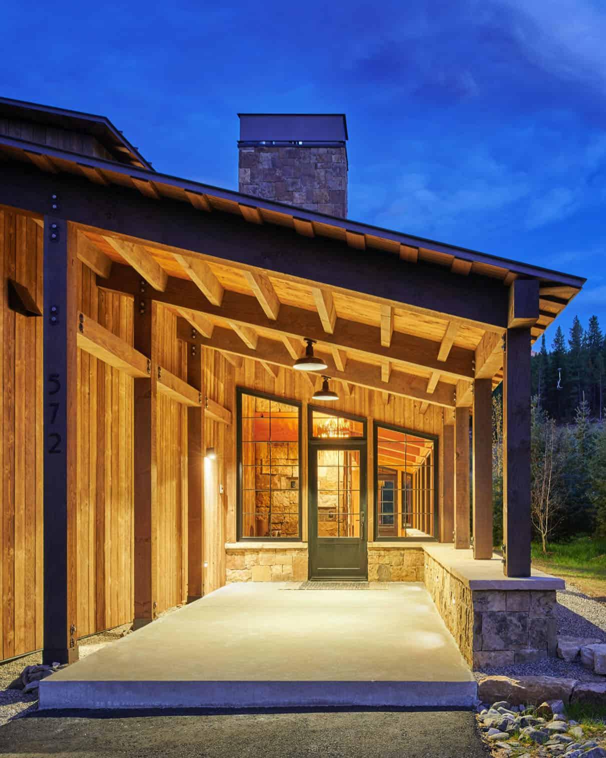 barn-inspired-home-entry