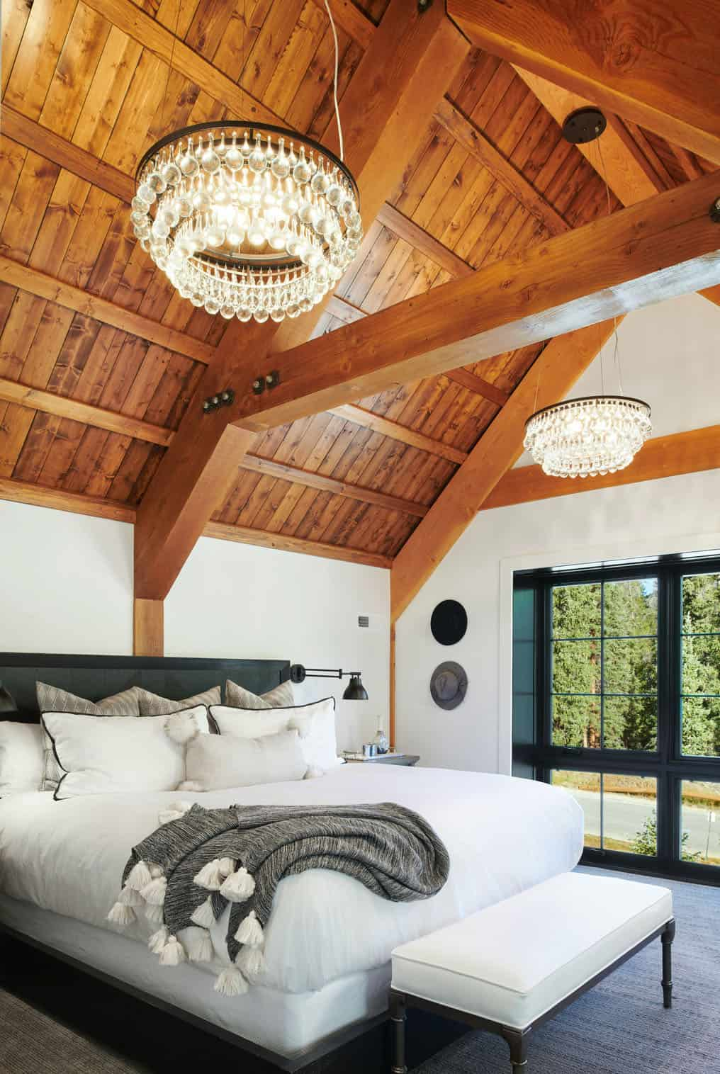 rustic-barn-inspired-home-bedroom