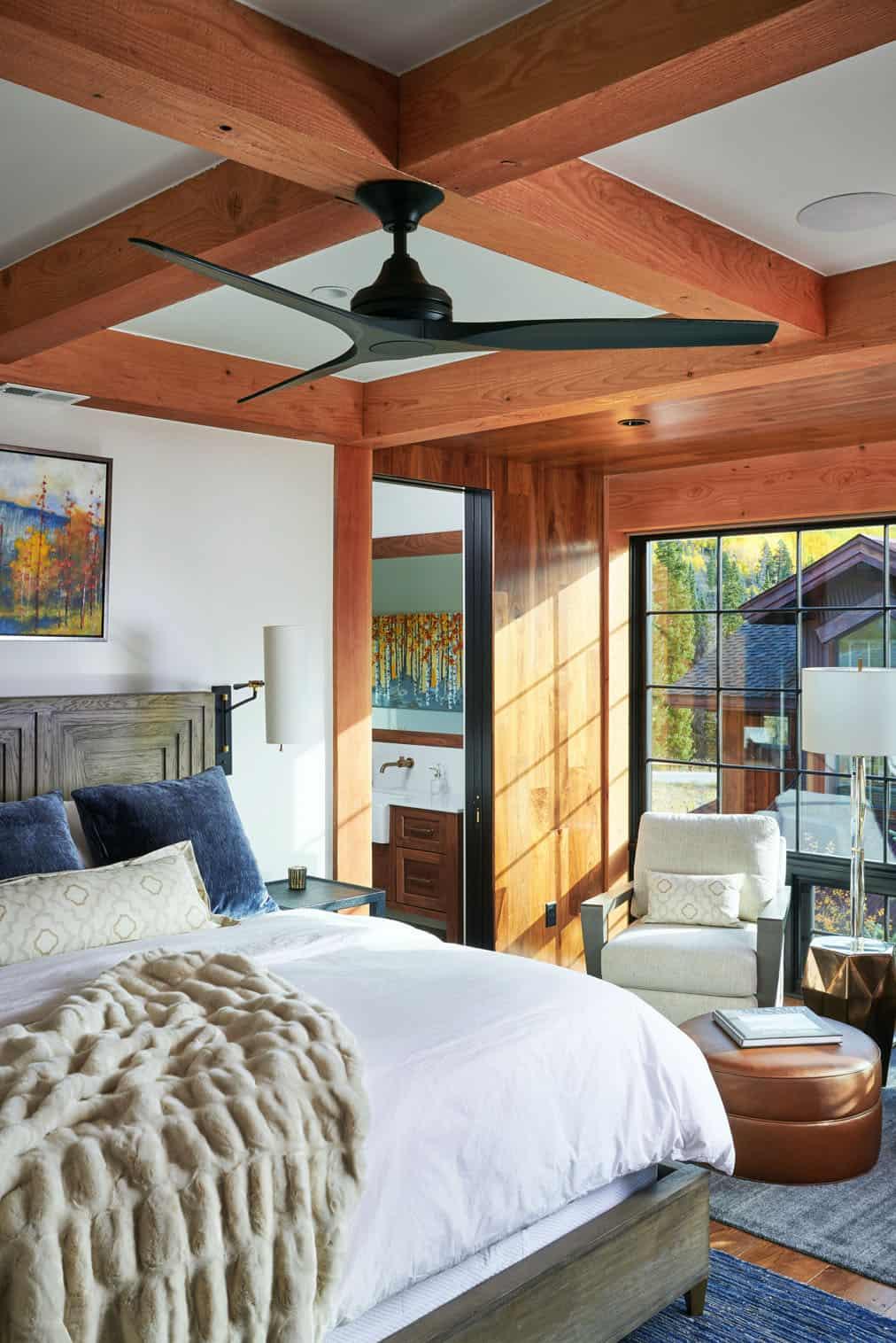 rustic-barn-style-bedroom