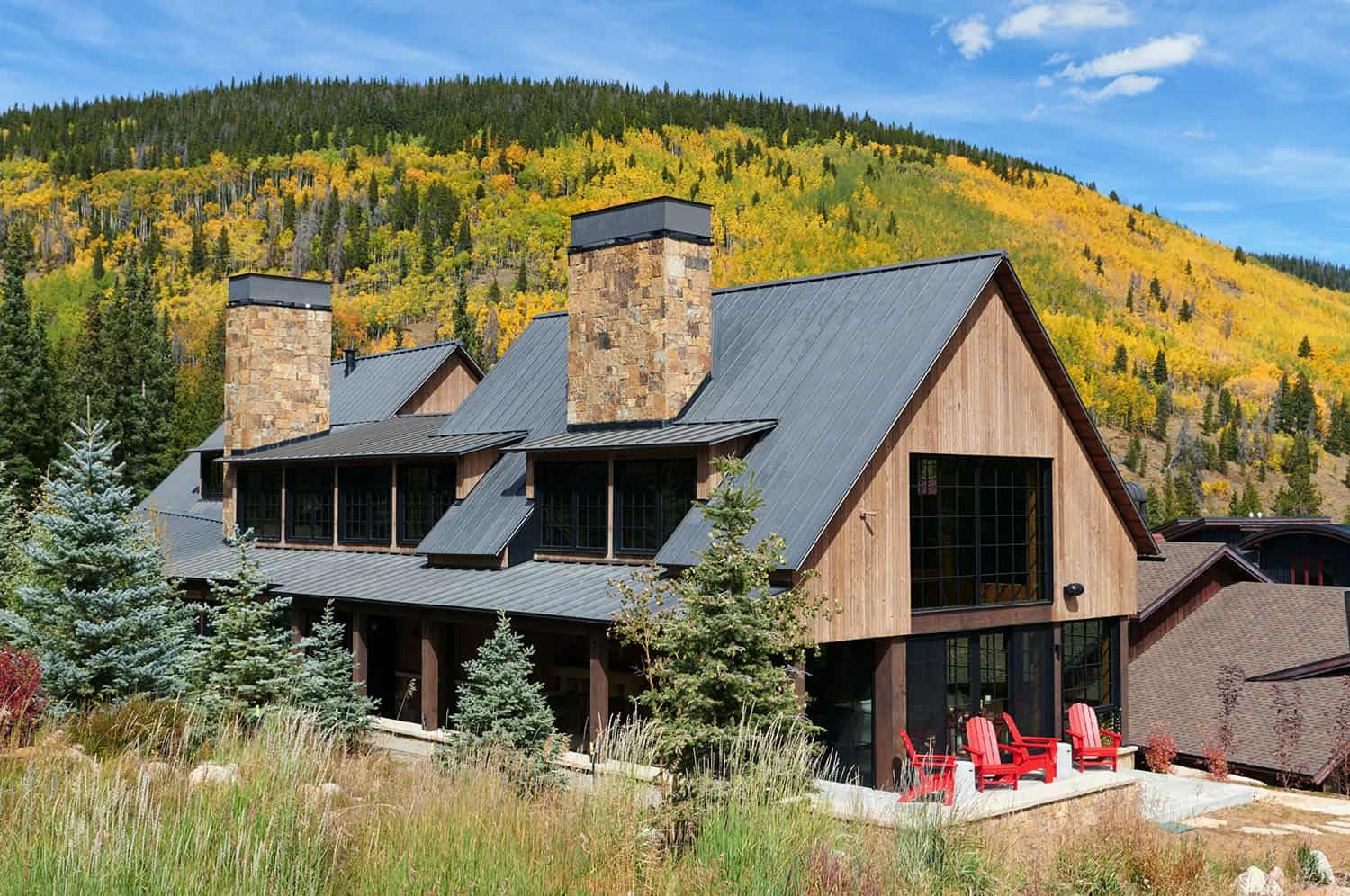 rustic-barn-style-exterior