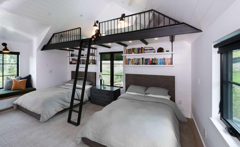 modern-farmhouse-bunk-bedroom