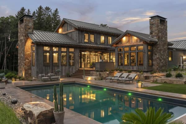 featured posts image for Enchanting Montana modern lodge-style home nestled in the Midwest