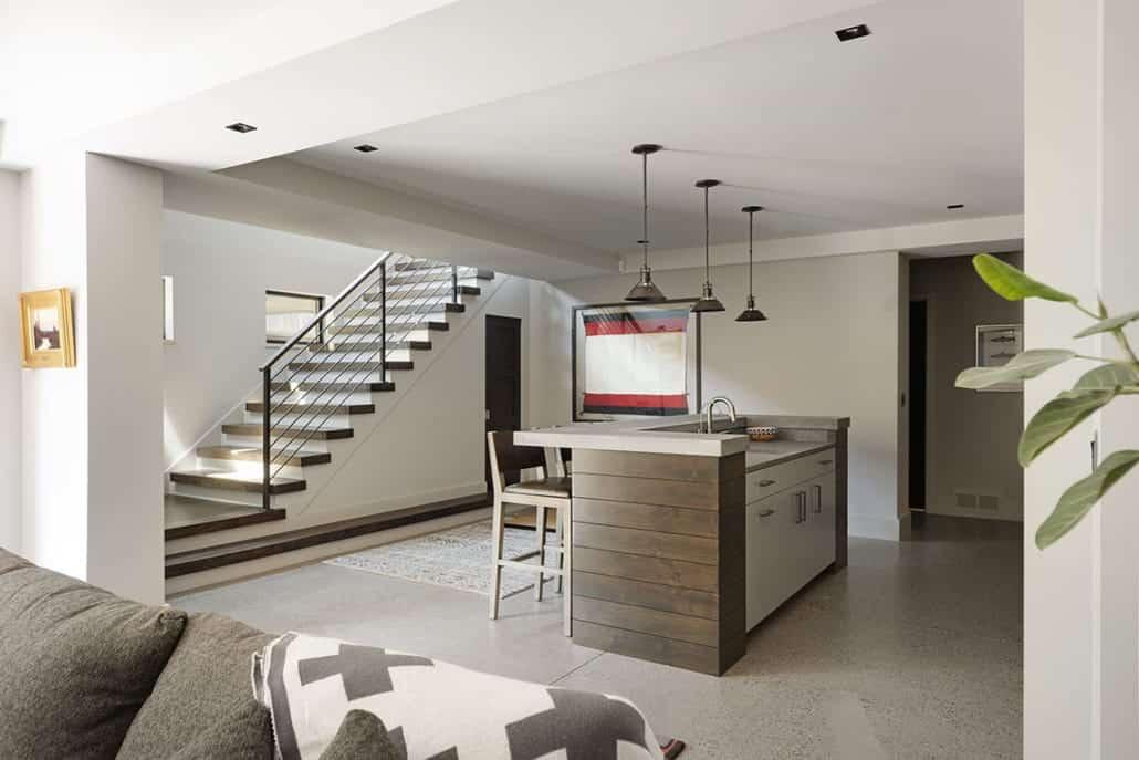rustic-contemporary-home-bar