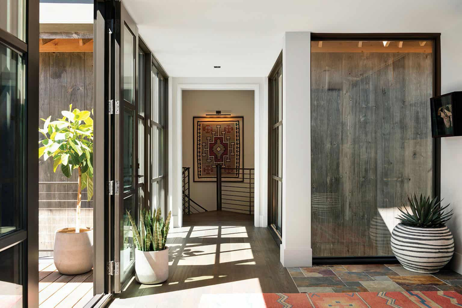 rustic-contemporary-hall-entry