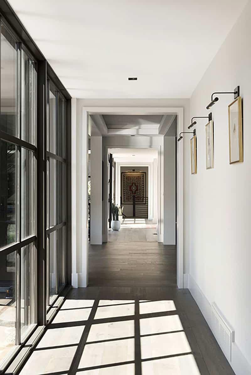 rustic-contemporary-hall