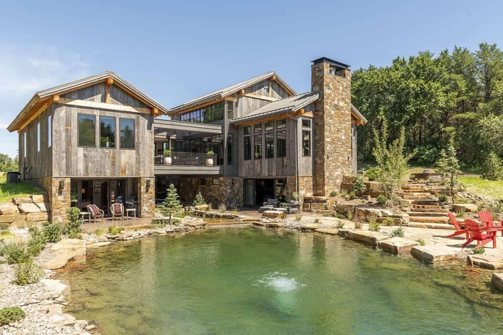 rustic-contemporary-home-exterior-pond