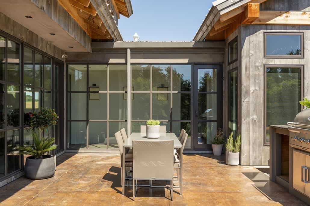 rustic-contemporary-home-exterior-patio