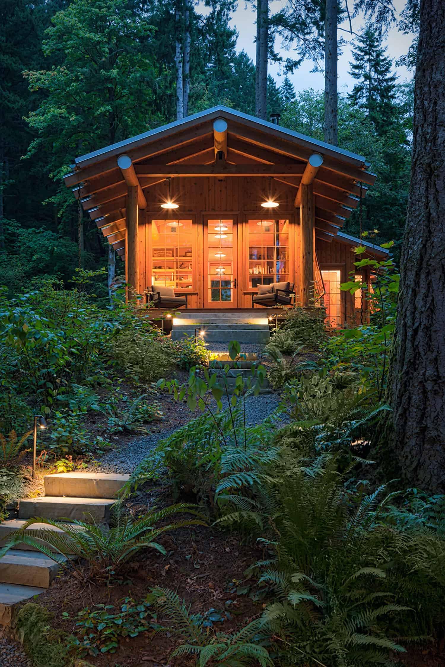 timber-frame-cabin-exterior