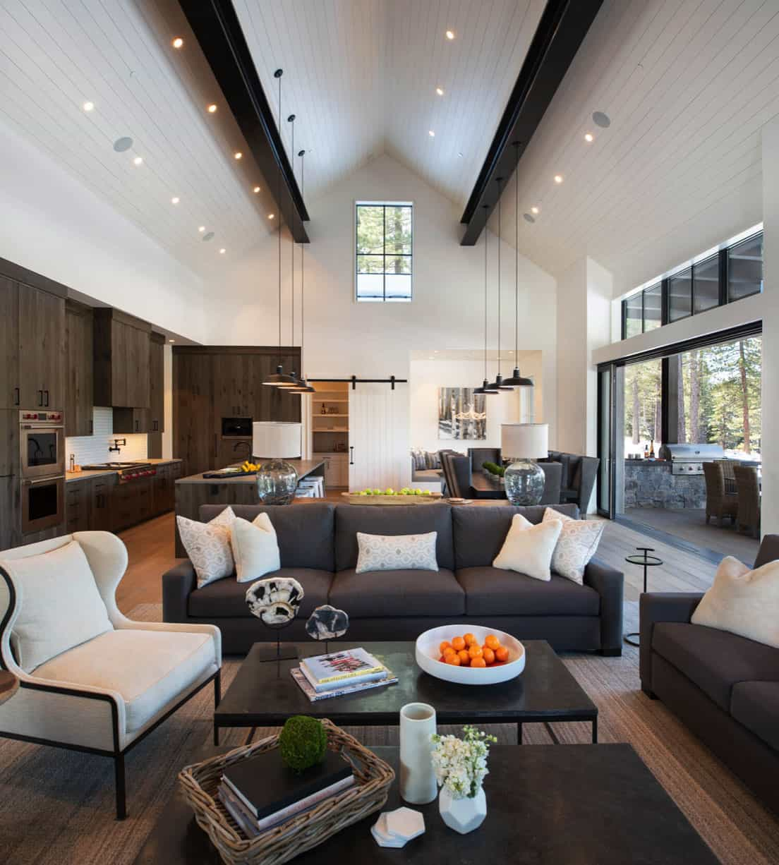 mountain-contemporary-farmhouse-living-room