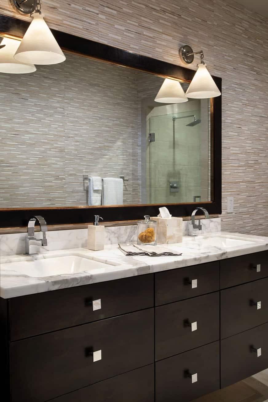mountain-modern-rustic-bathroom