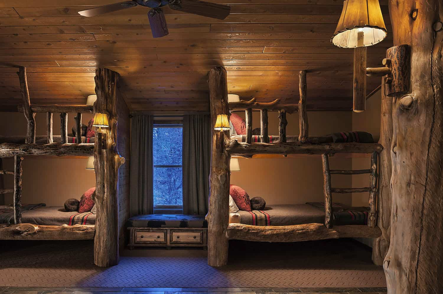 rustic-kids-bedroom