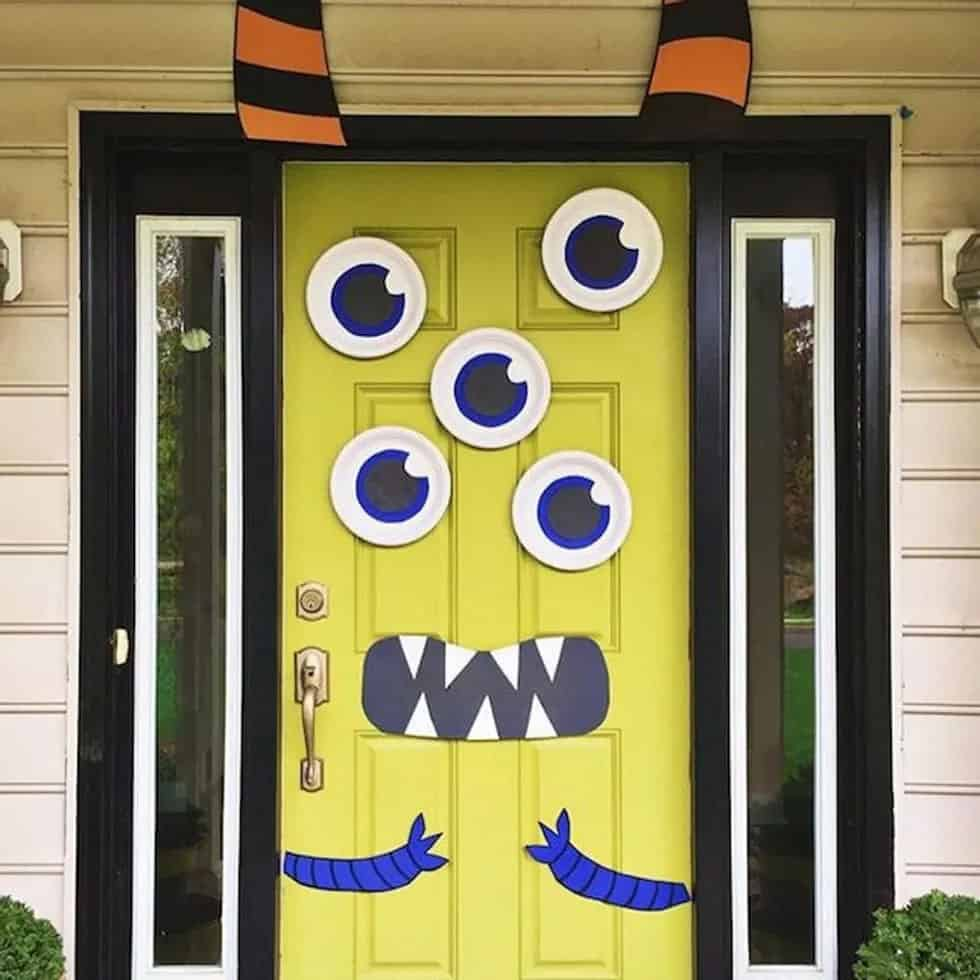 creepy-monster-mash-halloween-door