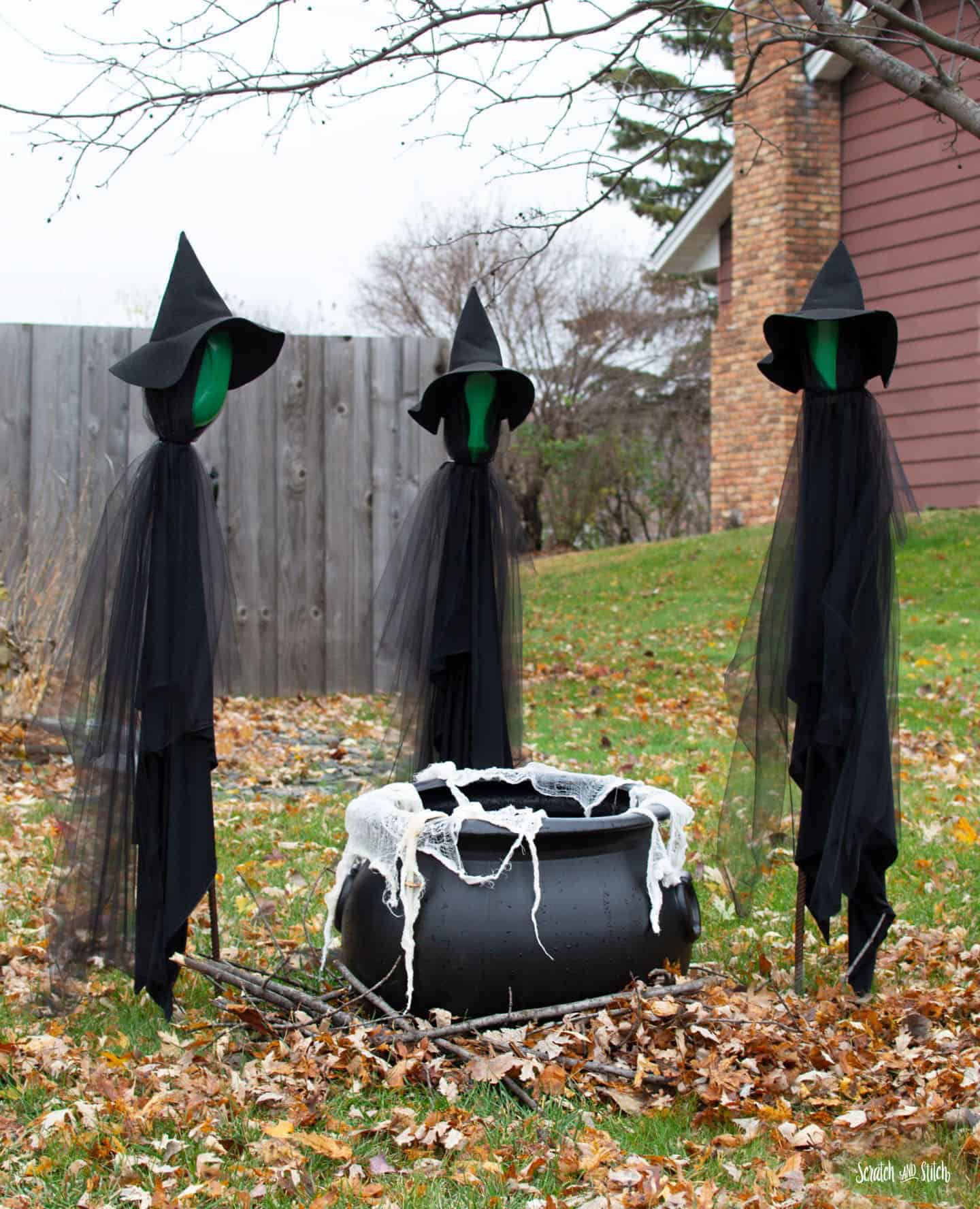 witches-and-a-cauldron