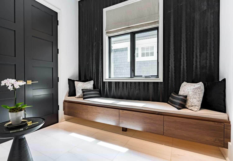 modern-hall-window-seat