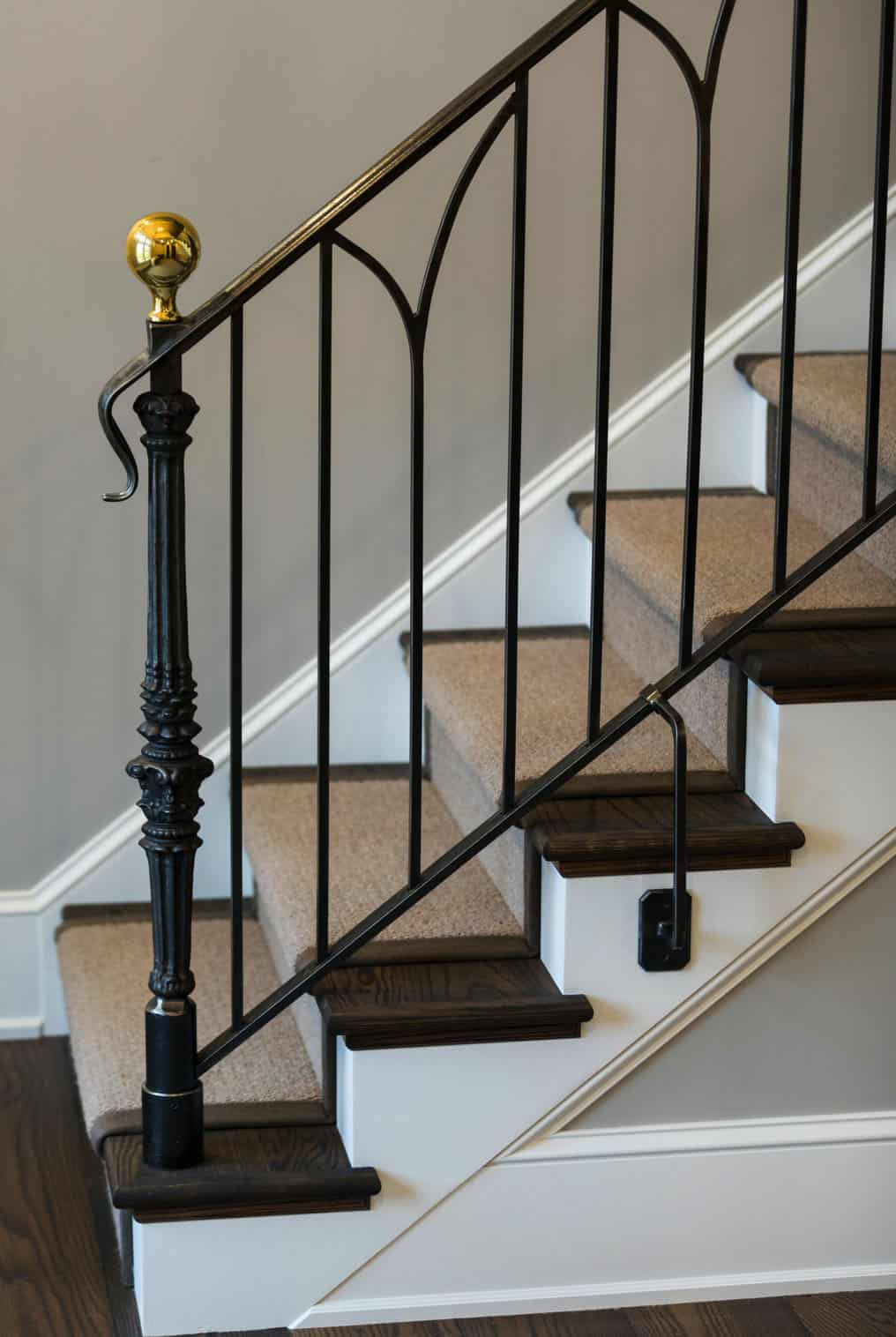 farmhouse-traditional-staircase