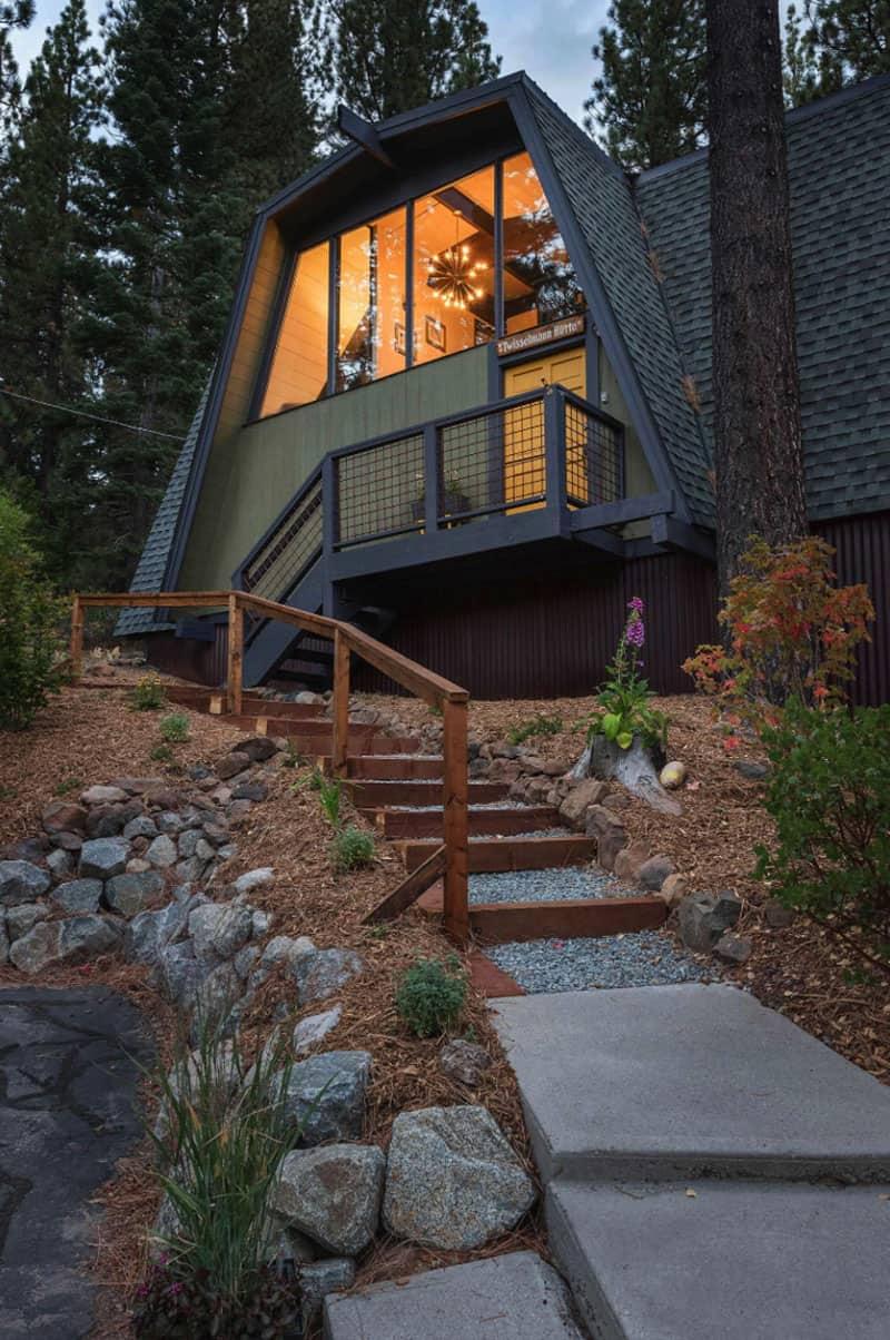 gambrel-cabin-exterior