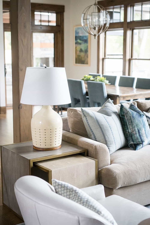 lodge-style-living-room-sofa