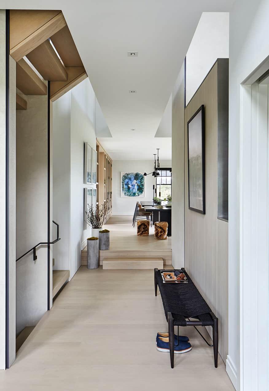 modern-beach-house-hall