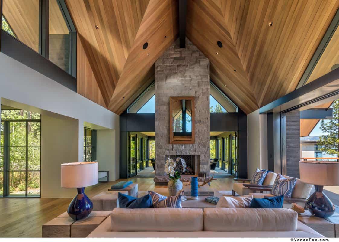 luxury-lakefront-mountain-living-room
