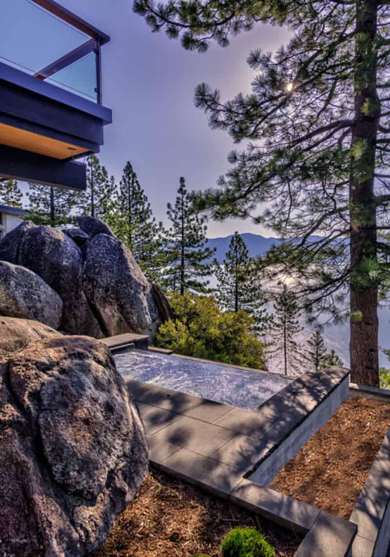 luxury-lakefront-mountain-home-pool