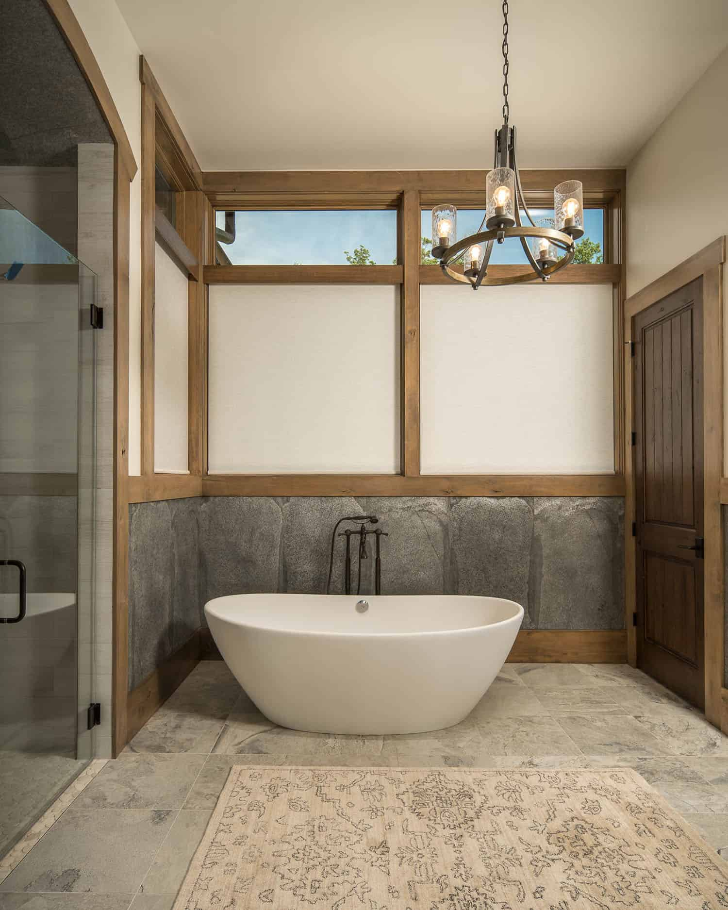 rustic-bathroom-soaking-tub