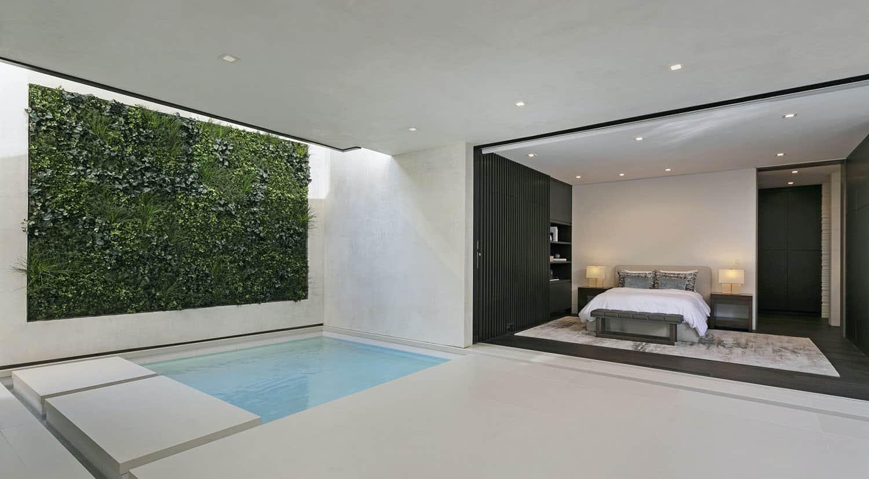 modern-beach-house-bedroom-plunge-pool