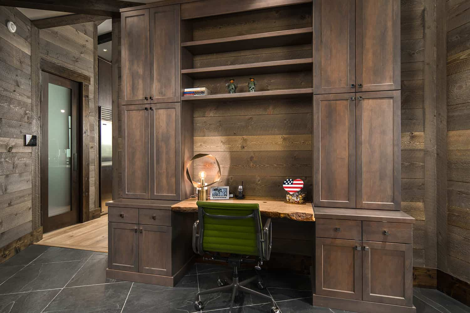 rustic-contemporary-home-office