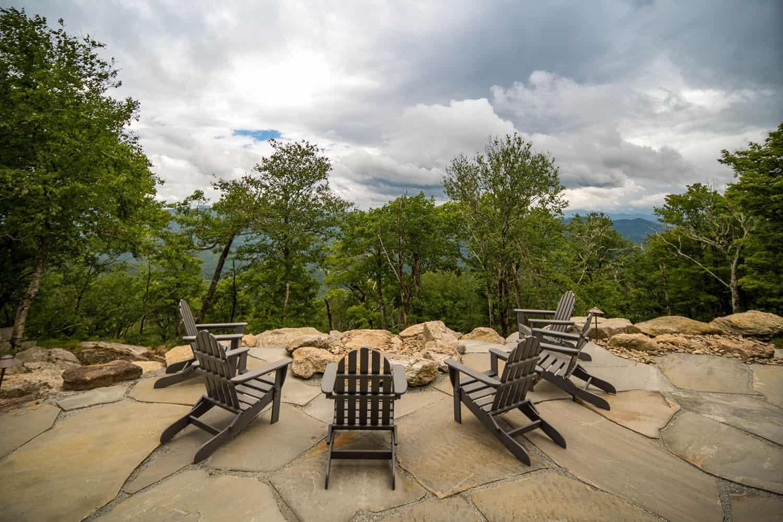 mountain-contemporary-patio