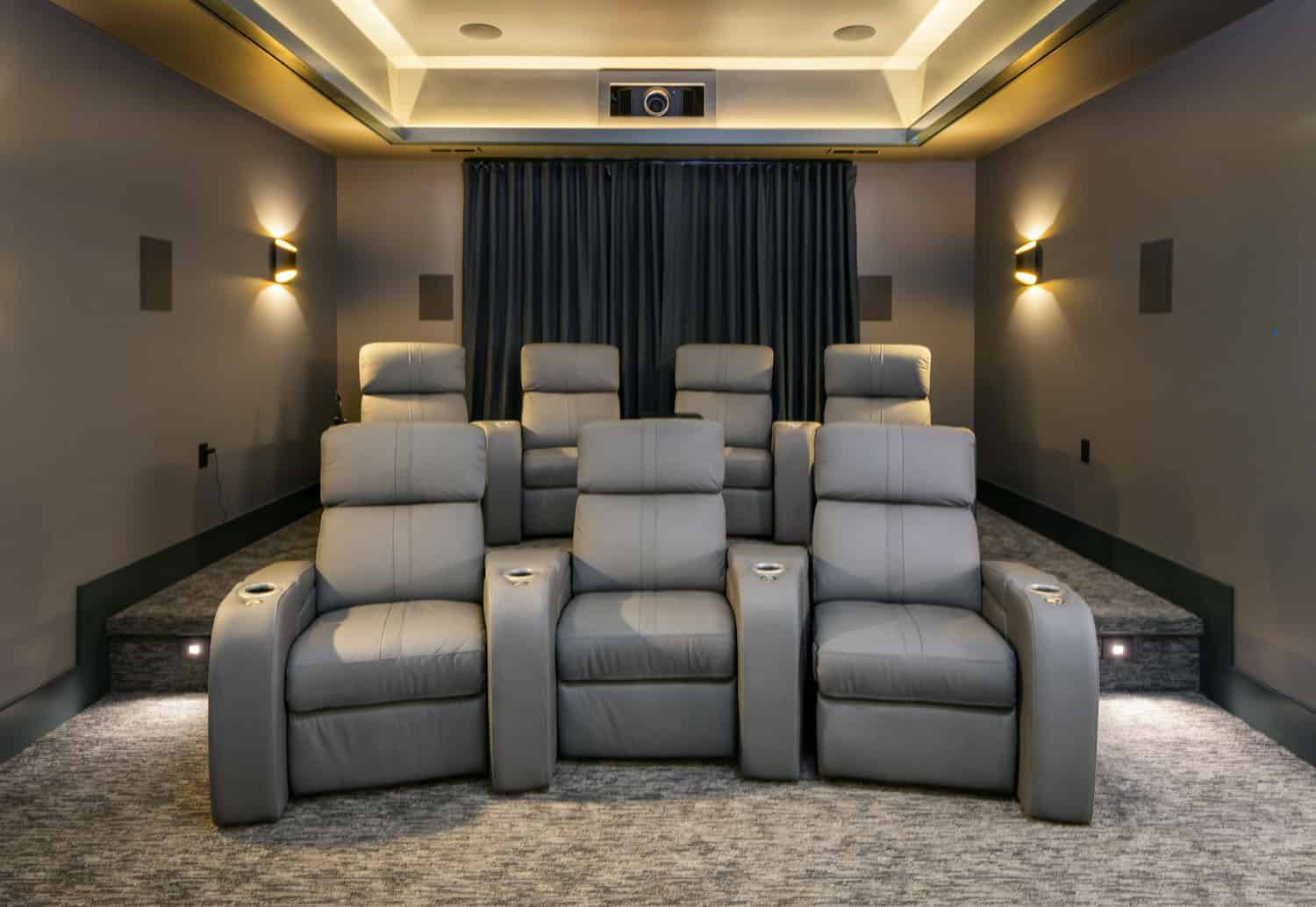 rustic-contemporary-home-theater