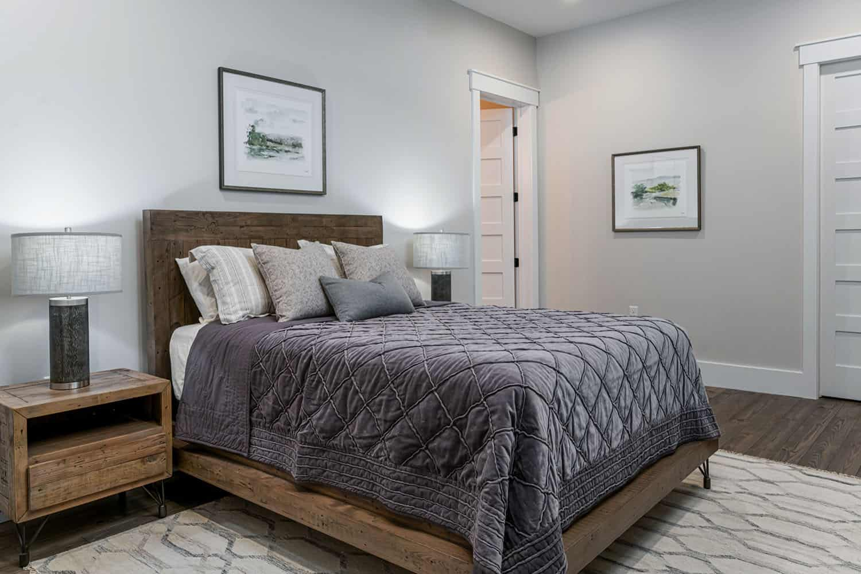 rustic-contemporary-bedroom