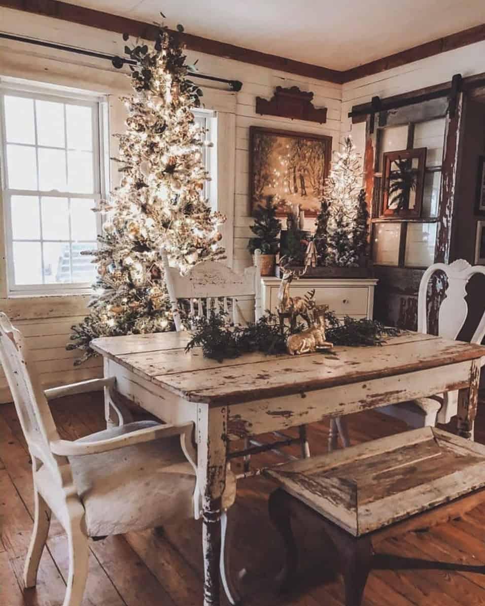 rustic-farmhouse-christmas-decorating-ideas-dining-room
