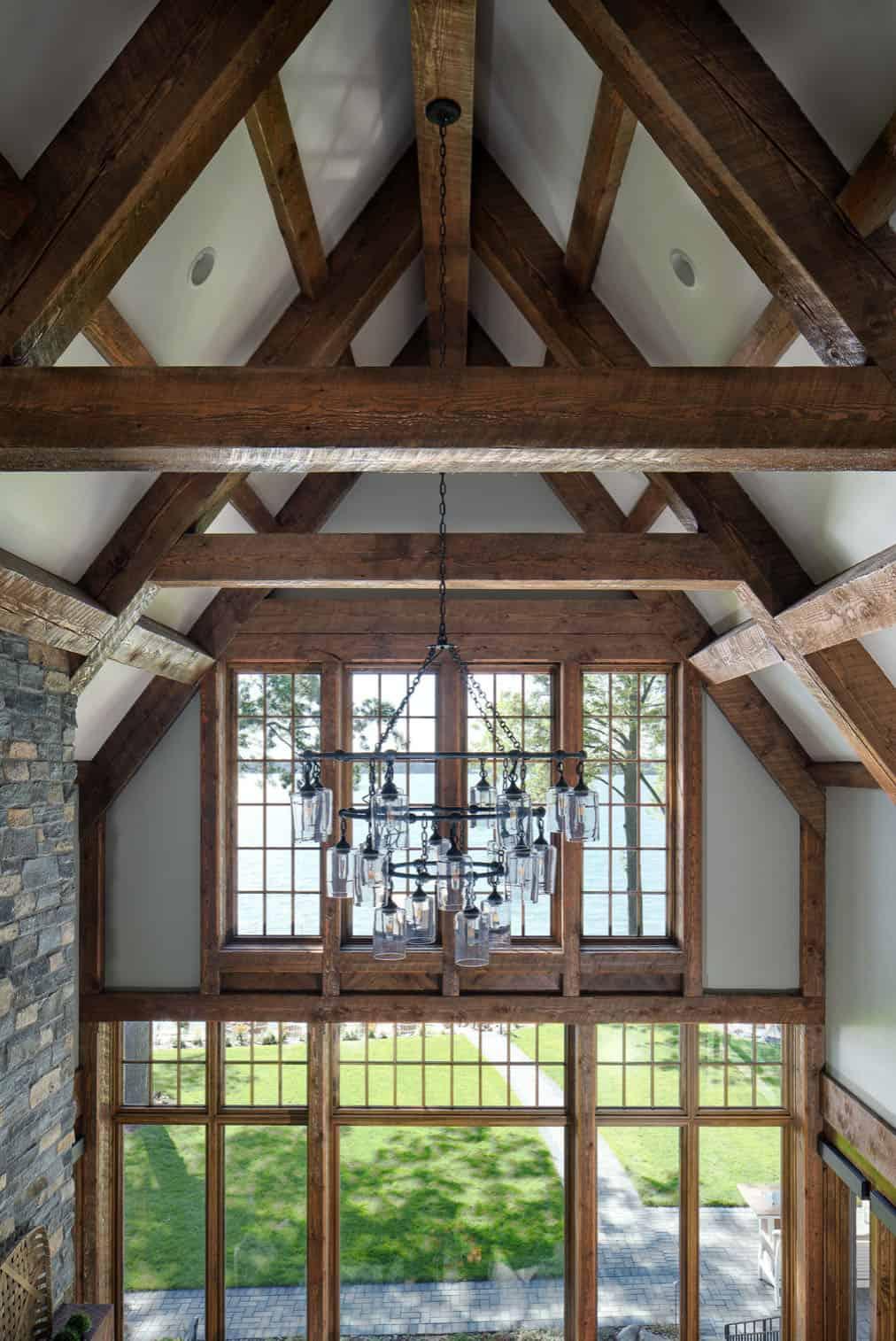 rustic-modern-living-room-ceiling-detail