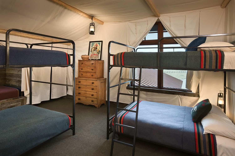 rustic-bunk-bedroom