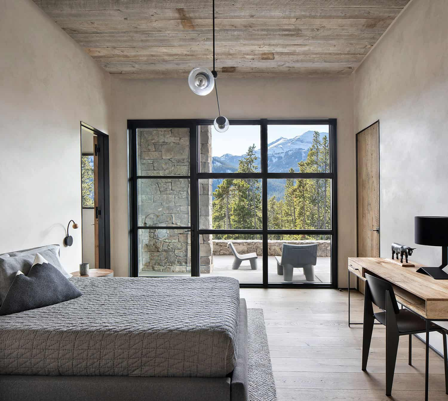 rustic-mountain-style-bedroom